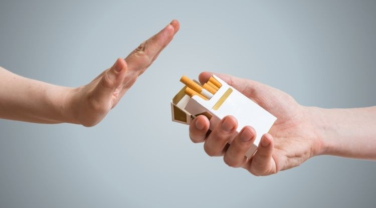 stop smoking to prevent Covid-19