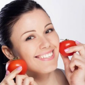 3 Easy Ways to Use Tomato for Your Beauty Skin